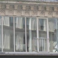 Façade d'un immeuble industriel (Paris 10)