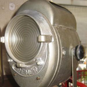 Projecteur Cremer-Carre